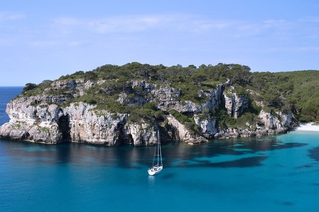 Ruta en barco de Ibiza a Formentera y viceversa