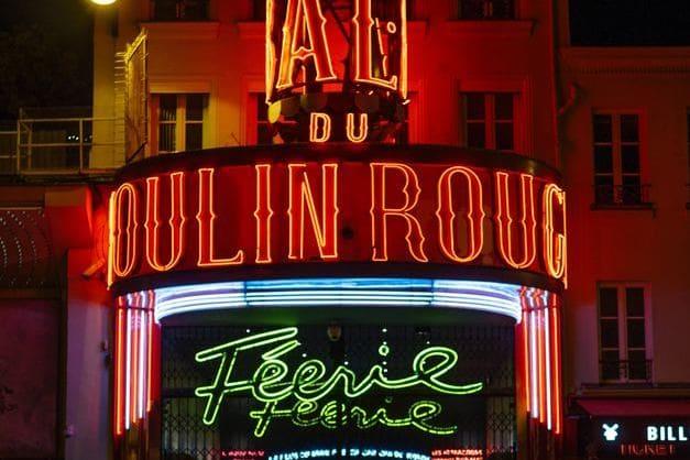 Disfruta de una gran noche en Moulin Rouge