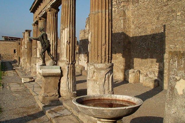 Restos de Pompeya en una excursión desde Roma