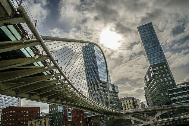 Los mejores free tours en Bilbao con guía profesional