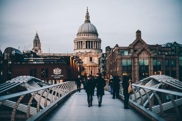 Imagen de la Iglesia de San Pablo que se ver un un Free Tour por Londres