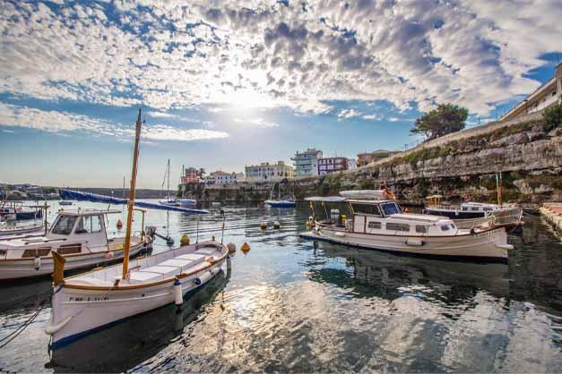 El puerto de Mahón en el Free Tour por Menorca.
