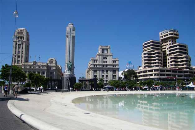La Plaza España, principal punto de encuentro en un Free Tour en Tenerife