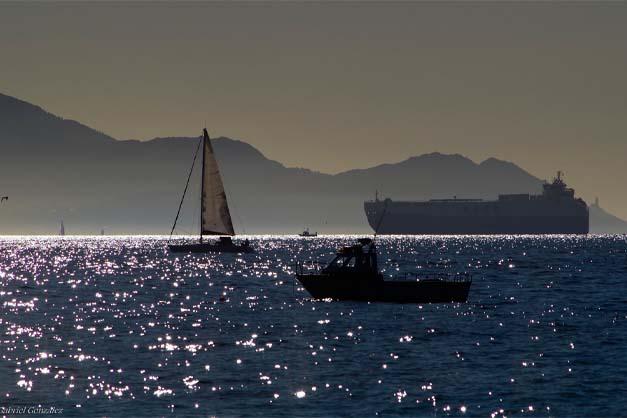 Reserva de un barco a las Islas Cíes desde Vigo.