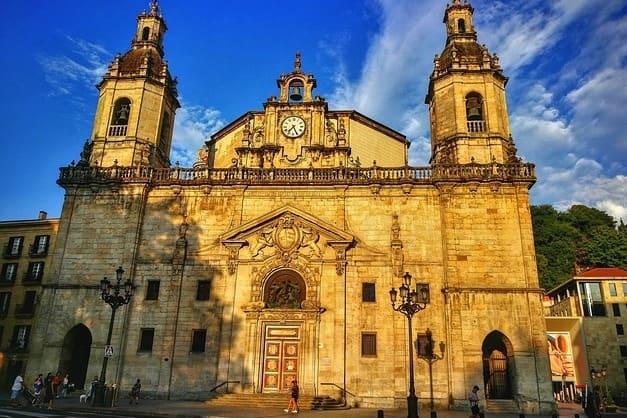 Las mejores visitas guiadas por Bilbao para conocer la ciudad vasca