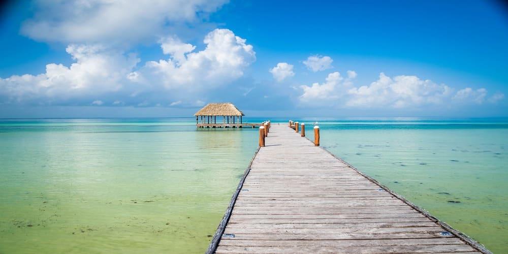 Disfruta de la visita a la Isla de Holbox y de sus aguas cristalinas