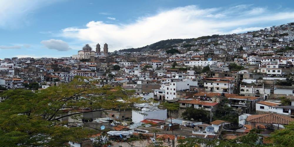Conoce el pueblo de Taxco, uno de los más peculiares y bonitos de México