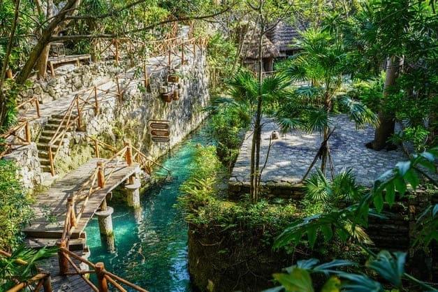 Mejores tours a Xcaret desde Riviera Maya para vivir una aventura única