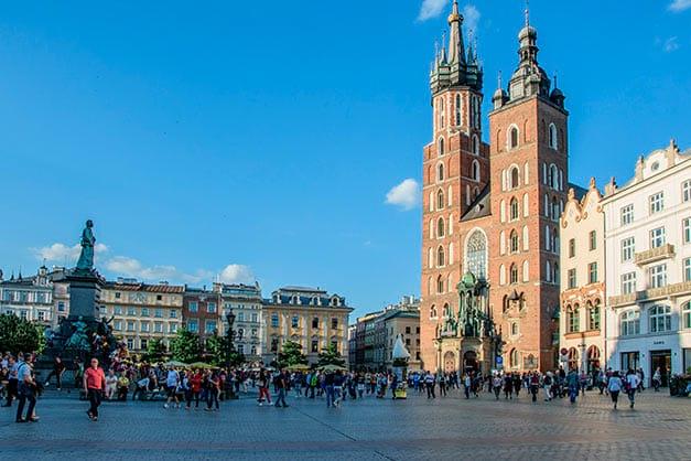 Visita a la Basílica de Santa María en Cracovia