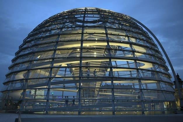 Visita a la cúpula de cristal del Reichstag en Berlin